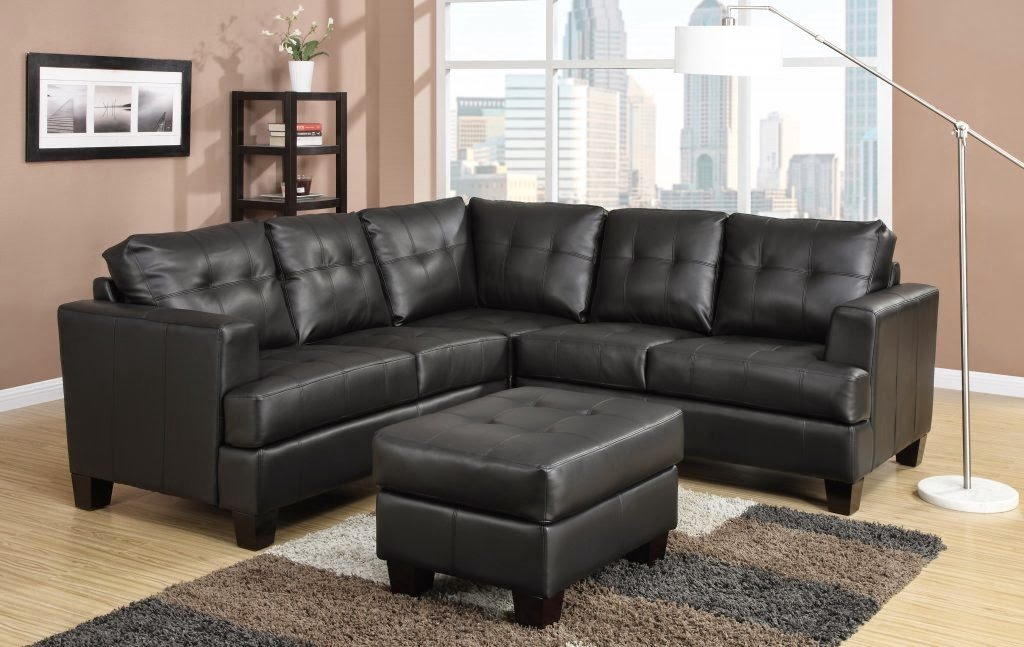 Awesome A Leather Sofa Can Add A Touch Of Class And Elegance To Any Living Room.  Although Leather Comes In Limited Shade Offerings, Itu0027s Sleek And ...
